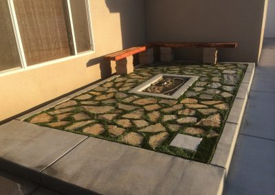 7 oaks pavers synthetic turf redwood bench 3
